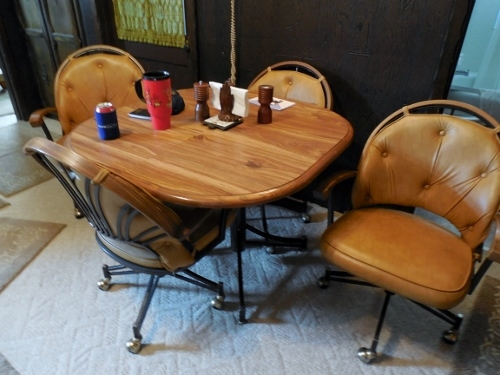 Huge Public Auction Antiques Collectibles Furnishings